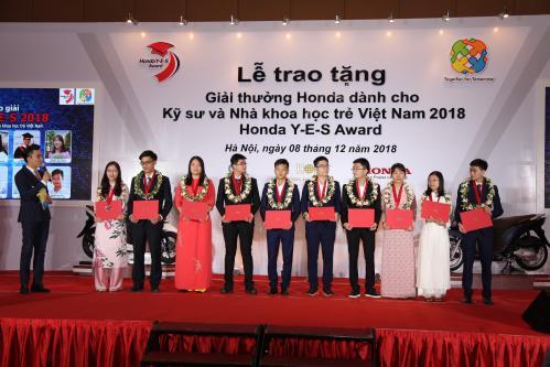 Học bổng tới 10.000 USD dành cho kỹ sư và nhà khoa học trẻ Việt Nam